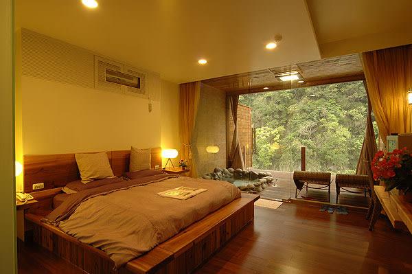 大湖 石壁溫泉渡假山莊 山水景觀VILLA雙人房(早餐+午茶)