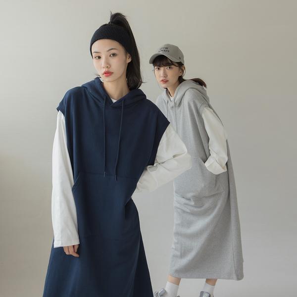 Queen Shop【01085772】無袖連帽前大口袋設計衛衣洋裝 兩色售*現+預*