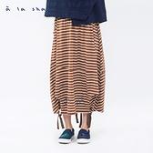 a la sha 散步的日子條紋長裙