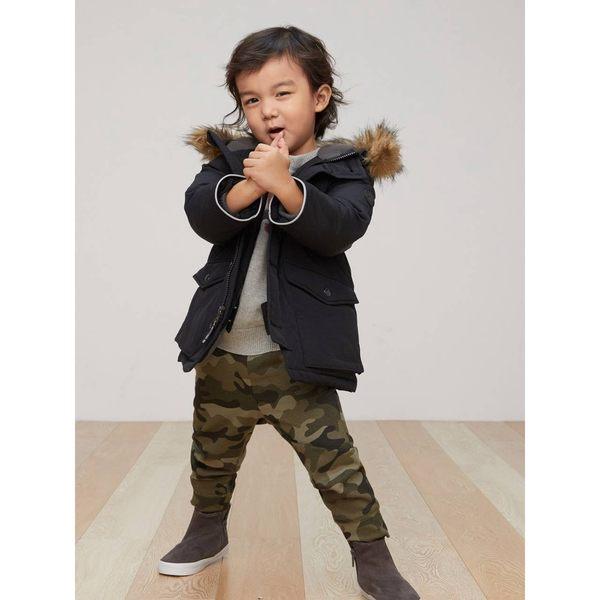 Gap男嬰幼童 純色仿毛領連帽長袖羽絨服 355819-正黑色
