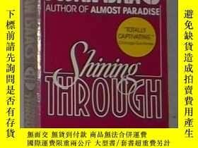 二手書博民逛書店英文原版罕見Shining Through by Susan I