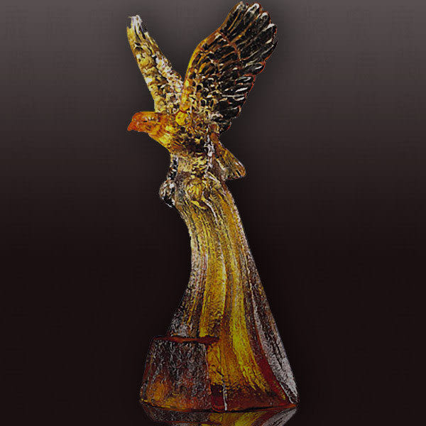 琉璃【鷹揚天際】含水晶座-可當擺飾、可當獎牌◆免運費送到家