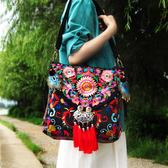 新款民族繡花包包 特色刺繡帆布單肩斜挎多用女包 降價兩天
