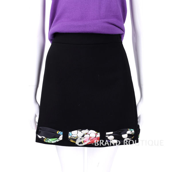 BOUTIQUE MOSCHINO 黑色印花絲巾滾邊設計及膝裙 1540312-01