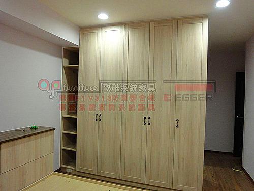 【歐雅系統家具】 臥室 鄉村風 系統衣櫃 180度穿衣鏡 E1V313塑合板