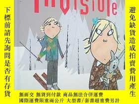 二手書博民逛書店Slightly罕見Invisible (Charlie and