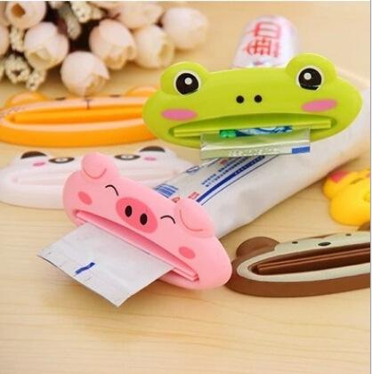現貨-卡通動物造型擠牙膏器 洗面乳擠壓器 隨機出貨【C032】『蕾漫家』