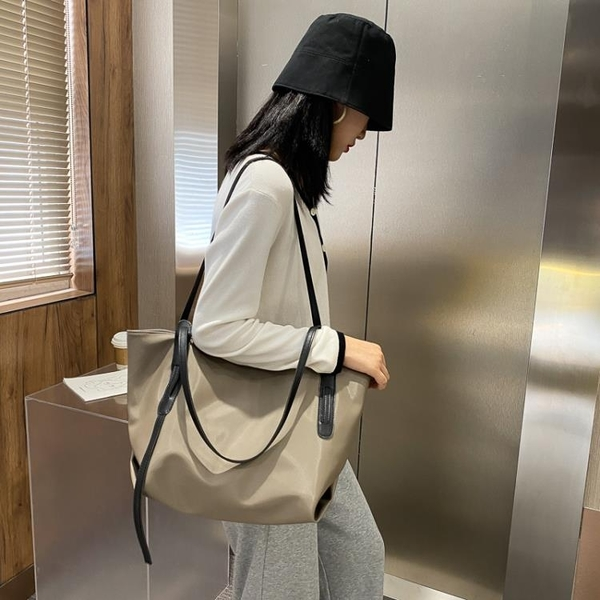 潮女大包包 包包女大容量單肩包2021新款時帆布托特包女通勤牛津布大包【快速出貨八折搶購】
