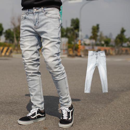 牛仔褲 韓國製淺藍刷白全素面合身版牛仔褲【NB0714J】