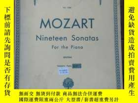二手書博民逛書店罕見MOZART(莫扎特鋼琴曲譜,厚冊/1945年)11775