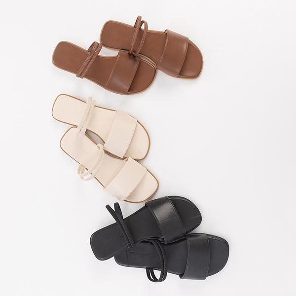 Queen Shop【05030210】簡約皮革寬版兩穿涼鞋 三色售 36~40*現+預*