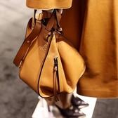 ■專櫃77折 ■Loewe全新真品 Hammock 吊床包 小型手袋 淺焦糖色