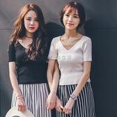 短袖針織上衣 白色針織冰絲短袖女露背v領t恤修身顯瘦薄款微透上衣新款 俏女孩