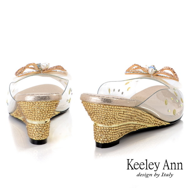 Keeley Ann時尚膠片 MIT透明立體網紗水鑽楔型拖鞋(金色)
