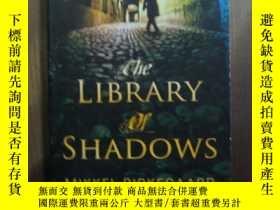 二手書博民逛書店THE罕見LIBRARY OF SHADOWSY10980 THE LIBRARY OF SHADOWS TH
