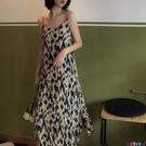 雪紡洋裝 豹紋吊帶連身裙女春季秋內搭雪紡長裙2021新款法式復古溫柔風裙子寶貝計畫 上新