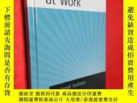二手書博民逛書店Gendered罕見Talk at Work: Construc