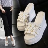 2019新款拖鞋女夏外穿鬆糕厚底魚嘴高跟時尚花朵一字型坡跟女涼拖