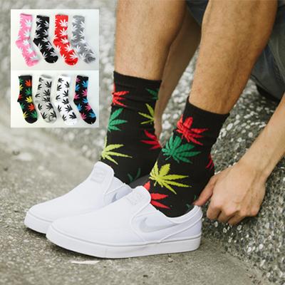 潮流配色大麻葉長筒襪子【N9722J】