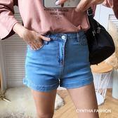 牛仔短褲.Cynthia 星希亞.反摺褲管彈性牛仔短褲(黑/深藍/淺藍)(26/28/30/32)298【S1P0643】