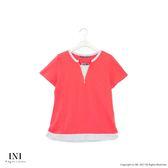 【INI】簡約休閒、質感舒服領口造型上衣.梅紅色