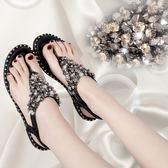 平底涼鞋歐美夏季鉚釘水鉆女新款亮片松緊帶平底夾腳羅馬涼鞋 mc9658『愛尚生活館』