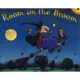 【麥克書店】Room on the Broom / 書+CD 《萬聖節》