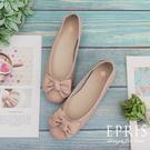 現貨 平底娃娃鞋 簍空雕花女鞋 好走不磨腳時尚好搭配 21-26 EPRIS艾佩絲-珊瑚粉