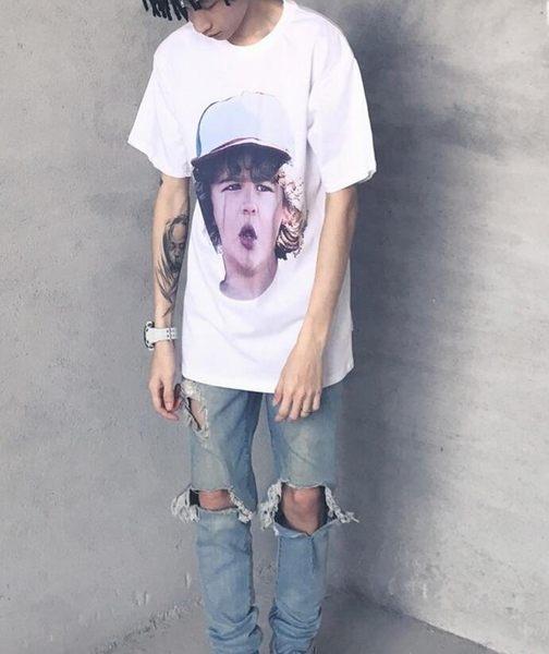 找到自己 MD 時尚 男 潮 街頭 個性歐美小孩頭像 寬鬆 五分袖 短袖T恤 特色短T