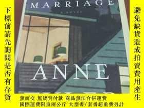 二手書博民逛書店THE罕見AMATEUR MARRIAGE(2004年精裝毛邊本