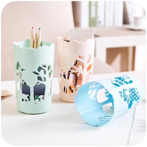 [超豐國際]辦公室塑料收納盒創意桌上文具筆筒客廳桌面收納化妝刷盒子