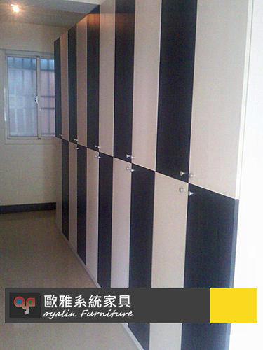 【系統家具】高收納雪杉灰鐵木門衣櫃 雙色門板設計!