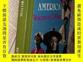 二手書博民逛書店Women罕見Writing in America: Voice