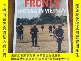 二手書博民逛書店War罕見Without Fronts: The USA in