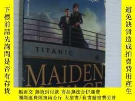 二手書博民逛書店英文原版罕見Maiden Voyage by Cynthia B
