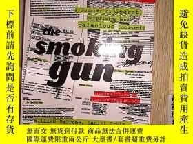 二手書博民逛書店The罕見Smoking Gun (21)Y203004