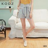 東京著衣【KODZ】時尚重點多色高腰後鬆緊附綁帶花苞短褲(200385)