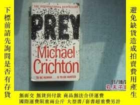 二手書博民逛書店英文原版書罕見PREY MICHAEL CRICHTON THE