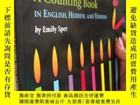 二手書博民逛書店Hanukkah罕見A Counting Book IN ENGLISH, HEBREW,AND YIDDISH