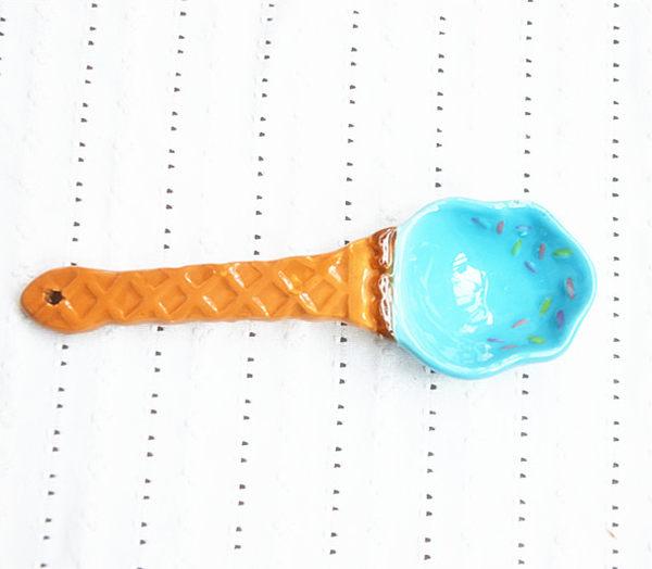 [協貿國際]冰淇淋湯匙陶瓷2入