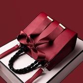 手提包   紅色新娘結婚包包女年新款婚禮用手提側背斜背小CK托特大容量   伊蘿鞋包