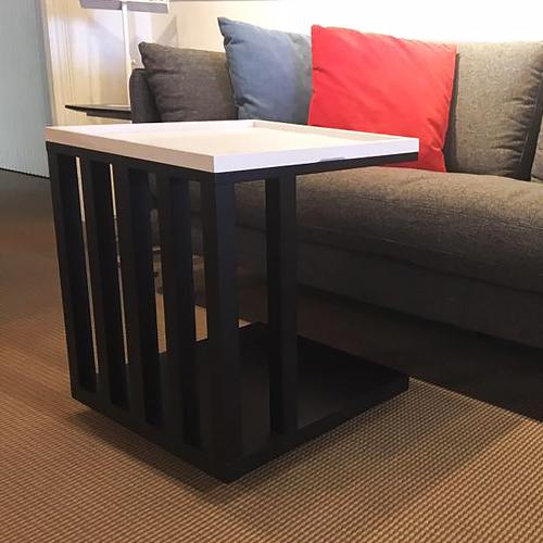 【歐雅系統家具】優活邊几 / 茶几 / 黑白色 / 可移動 / 北歐風 / 斯德哥爾摩設計 / 多功能