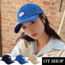 OT SHOP[現貨]帽子 棒球帽 老帽 鴨舌帽 遮陽帽 男女款 棉質 素色 撞色字母刺繡 百搭 黑/藍/卡其 C2188