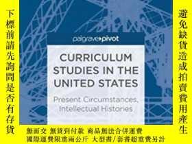 二手書博民逛書店Curriculum罕見Studies In The Unite
