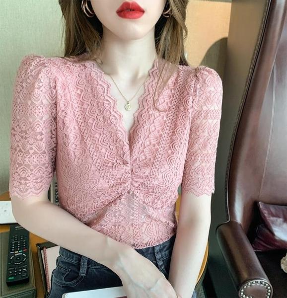 V領蕾絲衫 蕾絲上衣 短袖蕾絲打底衫女內搭V領鏤空泡泡袖T恤潮N194紅粉佳人