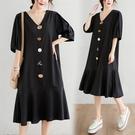 洋裝 中大尺碼 2021新款夏季中長款寬鬆大碼女裝V領荷葉邊遮肚顯瘦荷葉邊連身裙