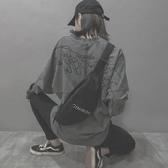 小包包女潮韓版百搭斜挎時尚港風復古款胸包  蘑菇街小屋
