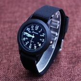 兒童手錶 韓版時尚兒童男孩運動數字刻度手錶帆布中學生指針式電子石英表