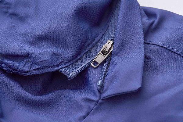 【Emilio Valentino】防風抗曬機能運動薄外套 - 寶藍