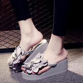 花朵沙灘鞋 高跟人字拖鞋 坡跟厚底防滑夾腳涼鞋《小師妹》sm957